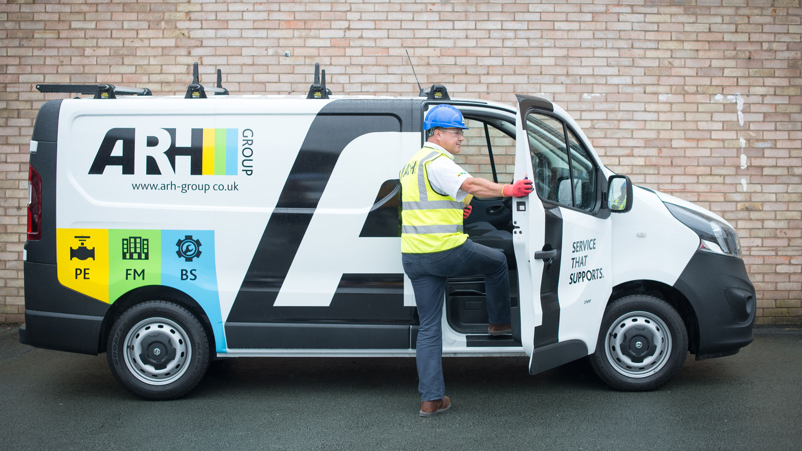 Leading FM, Building Services & Process Engineering company ARH commissioned Shropshire-based branding experts Reech to create a new brand.
